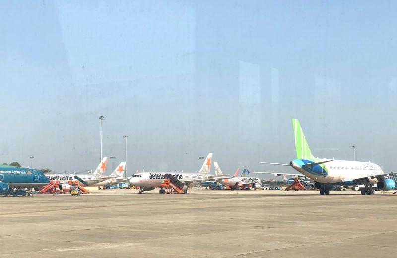 Các hãng hàng không đồng loạt tăng chuyến bay nội địa - ảnh 1