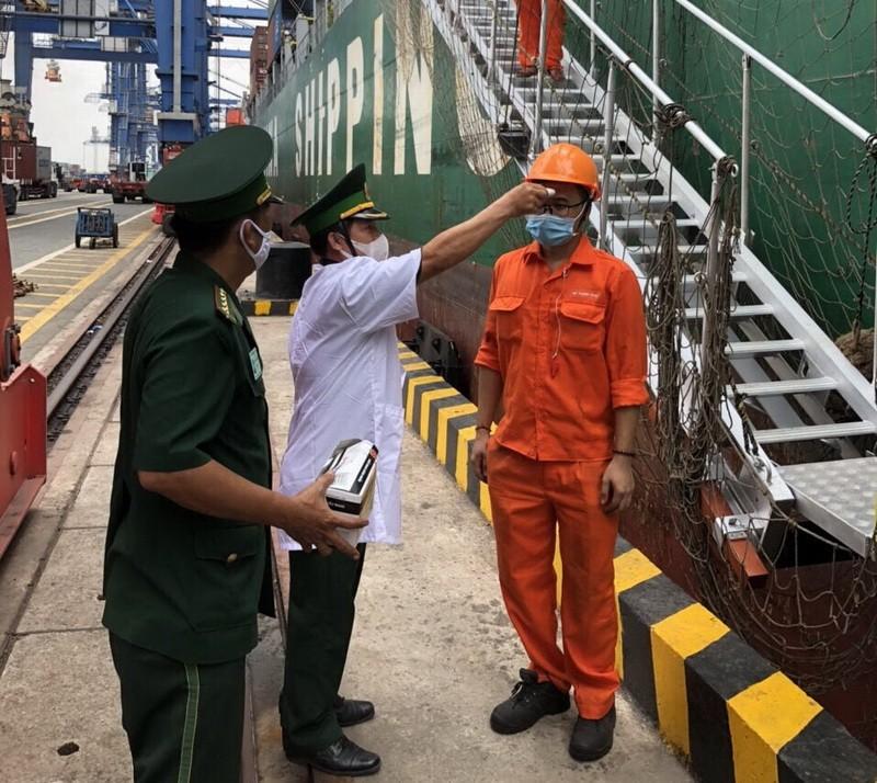 Biên phòng TP.HCM: Chốt chặn dịch 24/24 từ cửa cảng  - ảnh 1