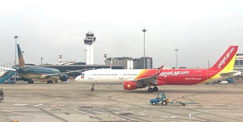 Đang tính toán việc nối lại các chuyến bay quốc tế - ảnh 1