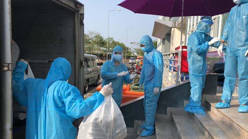 Báo chí lan tỏa hình ảnh đẹp Bộ đội Cụ Hồ trong đại dịch  - ảnh 2