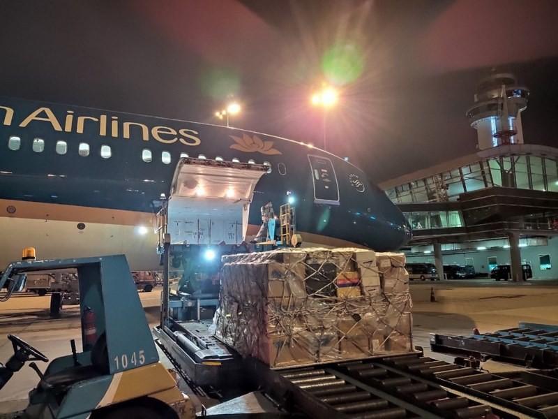Vietnam Airlines tăng thị phần chở hàng xuất nhập khẩu - ảnh 1