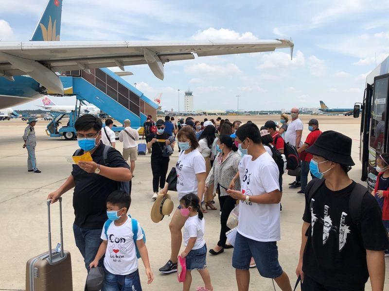Vietnam Airlines mở bán 2 triệu vé Tết Tân Sửu 2021 - ảnh 1