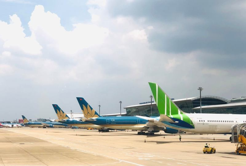Sân bay Vinh và Thọ Xuân đóng cửa, hàng loạt chuyến bay bị hủy - ảnh 1