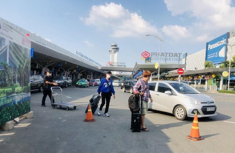 Giám sát phương án phân làn tại sân bay Tân Sơn Nhất - ảnh 1
