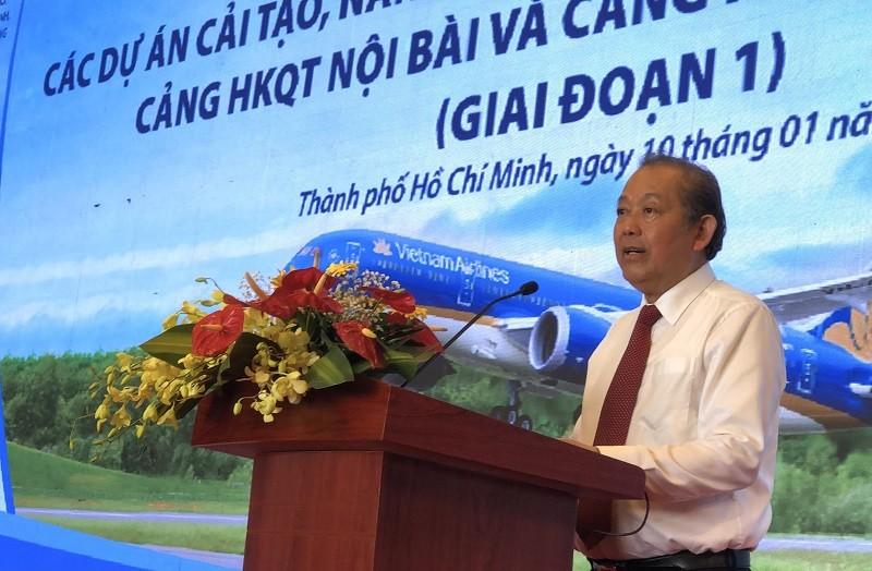Sân bay Tân Sơn Nhất đưa đường băng hơn 2.000 tỉ vào khai thác - ảnh 2