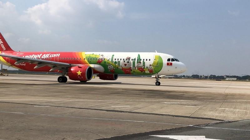 Sân bay Tân Sơn Nhất đưa đường băng hơn 2.000 tỉ vào khai thác - ảnh 4