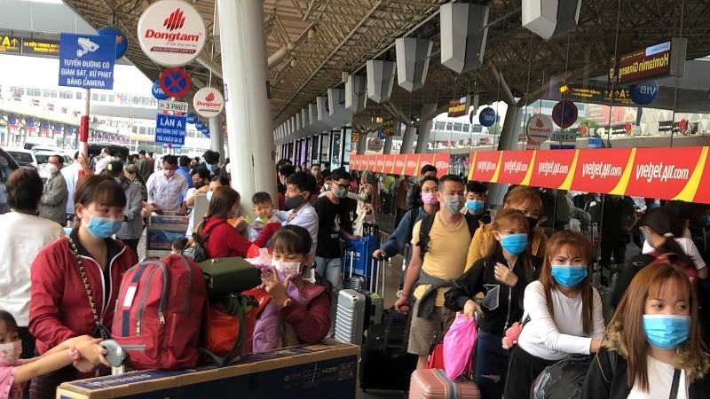 Hỏa tốc yêu cầu các hãng bay đổi vé, hoàn vé cho khách - ảnh 2