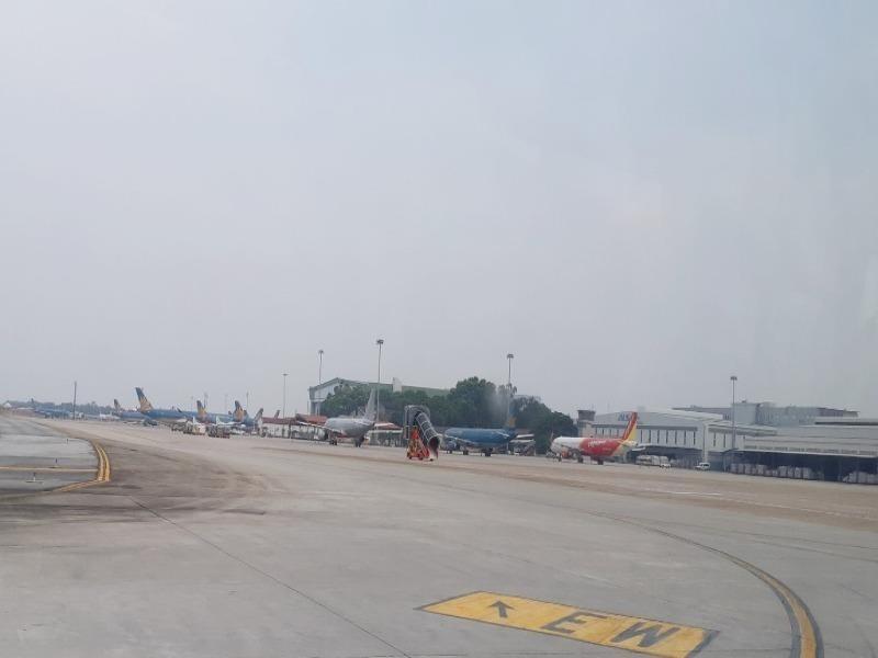 IATA đề nghị xử lý phi công đỗ quá vạch dừng ở sân bay Nội Bài - ảnh 1