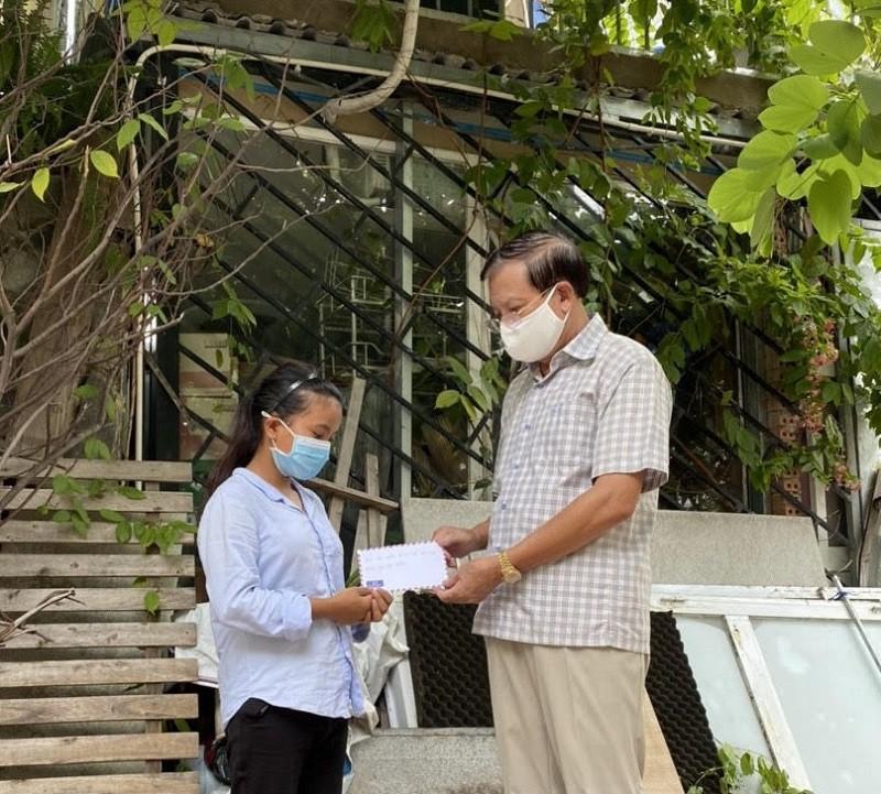 Tỉnh Quảng Bình hỗ trợ bà con đồng hương tại TP.HCM thêm 2 tỉ đồng - ảnh 1