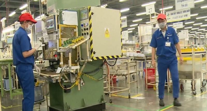 TP.HCM có nhiều hướng dẫn để các khu công nghiệp phục hồi sản xuất - ảnh 2