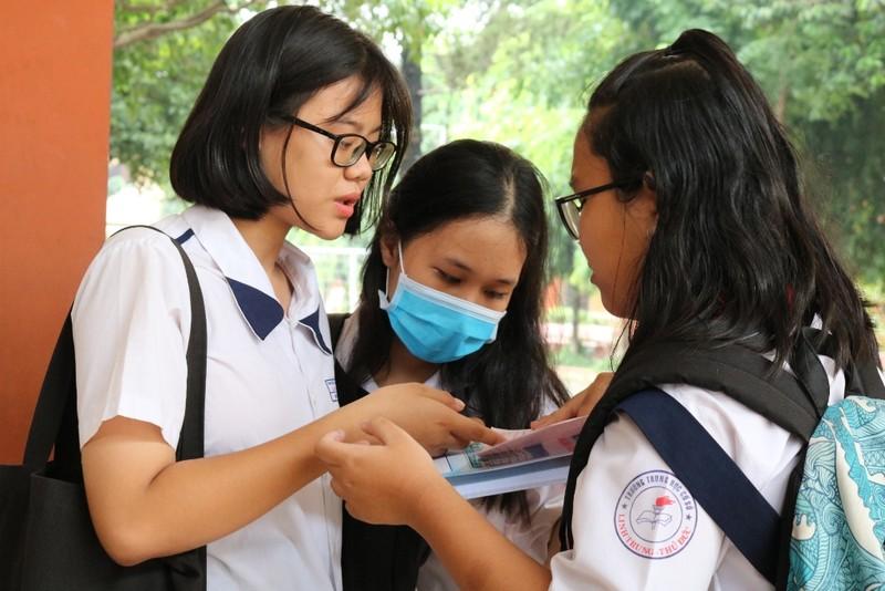 Đề thi tiếng Anh 10: Học sinh than khó - ảnh 5