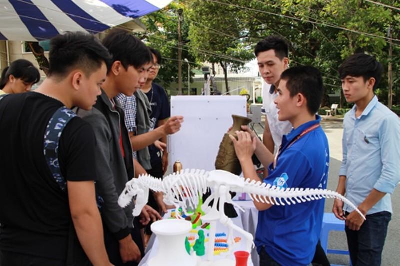 807 thí sinh đầu tiên trúng tuyển vào ĐH Bách khoa TP.HCM - ảnh 1