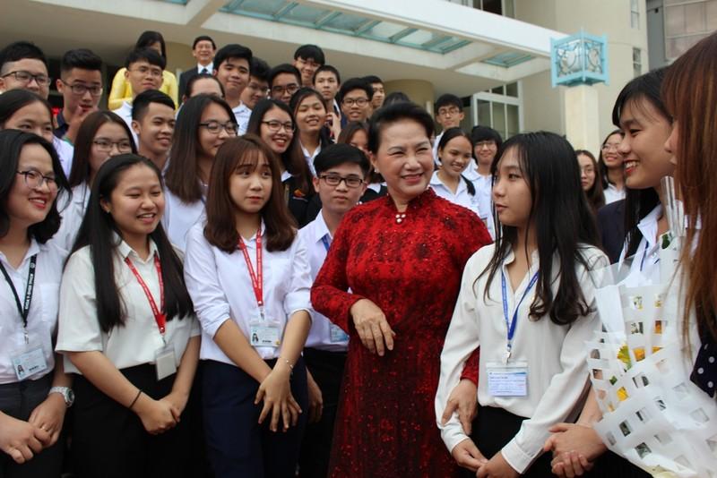 Chủ tịch Quốc hội Nguyễn Thị Kim Ngân nói về tự chủ đại học - ảnh 1