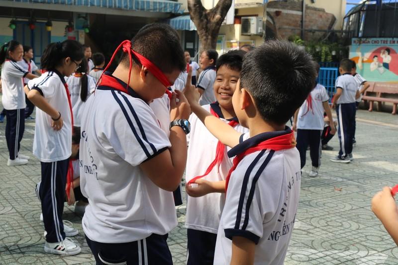 Đã vời được 'đối thủ' đánh bật game điện tử khỏi trường học - ảnh 3