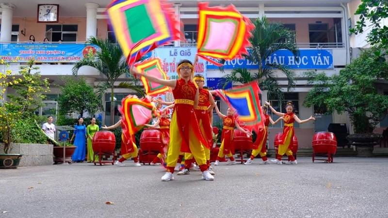 Nhiều trường học tổ chức trang trọng lễ Giỗ tổ Hùng Vương  - ảnh 7