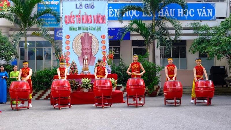 Nhiều trường học tổ chức trang trọng lễ Giỗ tổ Hùng Vương  - ảnh 6