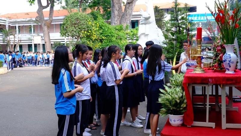 Nhiều trường học tổ chức trang trọng lễ Giỗ tổ Hùng Vương  - ảnh 5