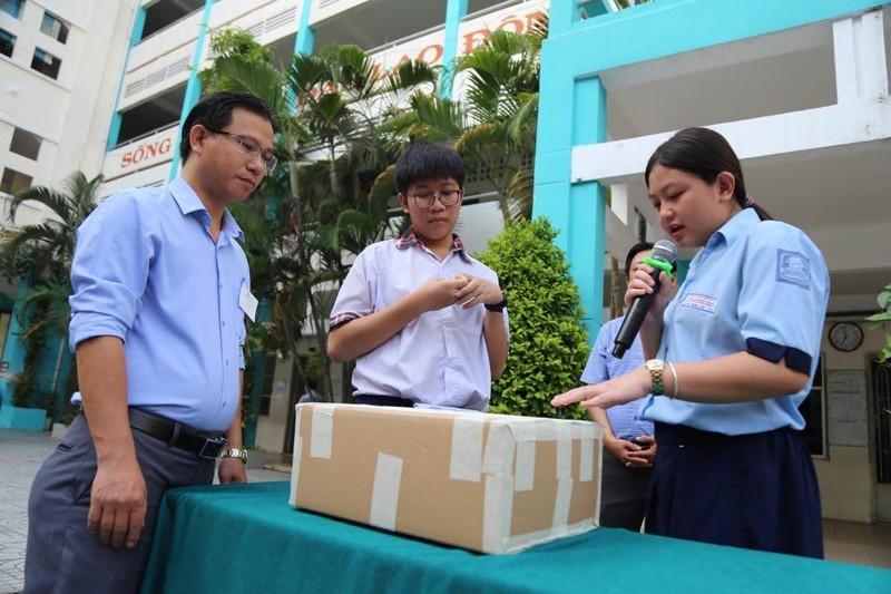 TP.HCM, Hà Nội: Hơn 165.000 HS bắt đầu cuộc đua vào lớp 10 - ảnh 10