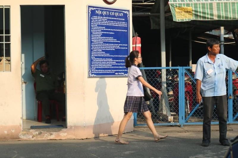 TP.HCM, Hà Nội: Hơn 165.000 HS bắt đầu cuộc đua vào lớp 10 - ảnh 12