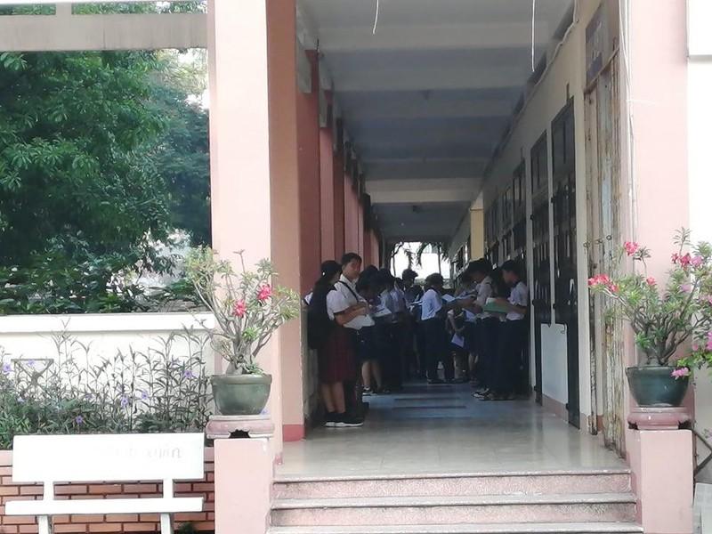 TP.HCM, Hà Nội: Hơn 165.000 HS bắt đầu cuộc đua vào lớp 10 - ảnh 7