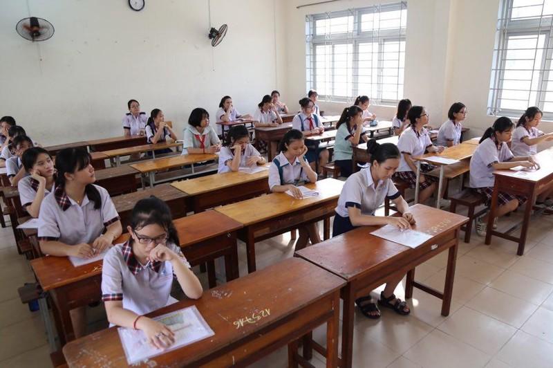 TP.HCM, Hà Nội: Hơn 165.000 HS bắt đầu cuộc đua vào lớp 10 - ảnh 16