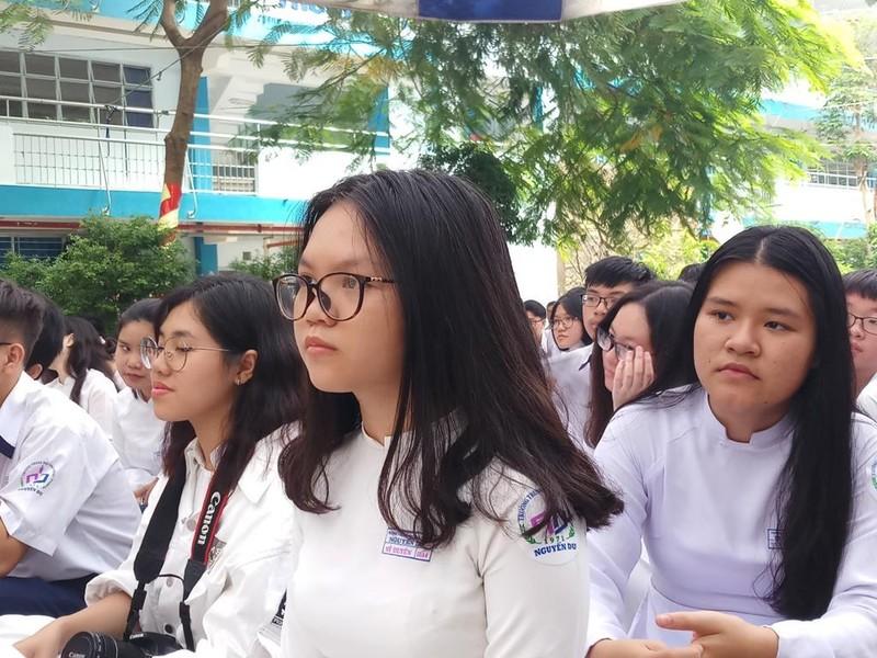 Lo lắng vì hàng ngàn học sinh, sinh viên không tham gia BHYT - ảnh 1