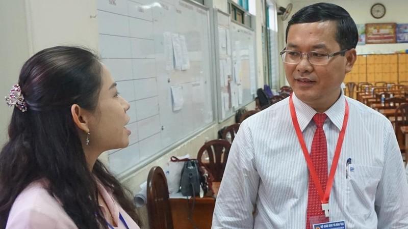 Thứ trưởng Nguyễn Văn Phúc chúc sĩ tử TP. HCM thi tốt - ảnh 4