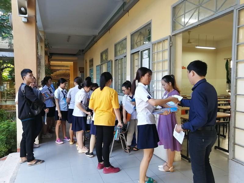 Thí sinh thi tổ hợp KHXH, bài thi cuối cùng của kỳ thi THPT - ảnh 5