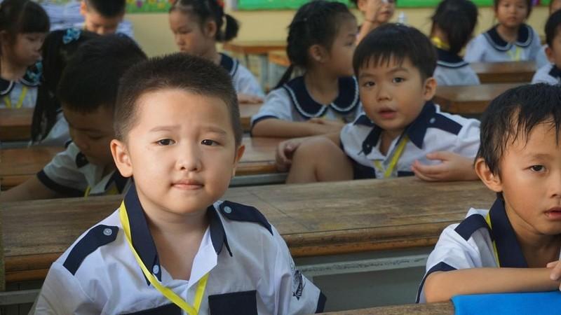 1001 cung bậc cảm xúc của học sinh lớp 1 trong ngày tựu trường - ảnh 13