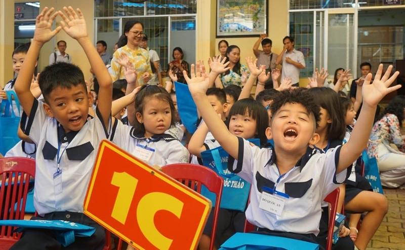 1001 cung bậc cảm xúc của học sinh lớp 1 trong ngày tựu trường - ảnh 4