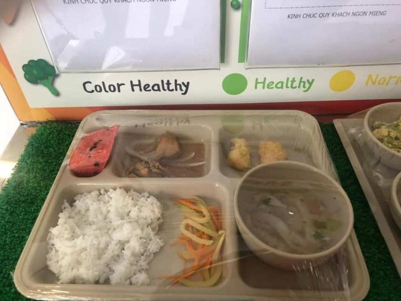 Trường quốc tế Việt Úc bị tố cắt xén khẩu phần ăn của học sinh - ảnh 2