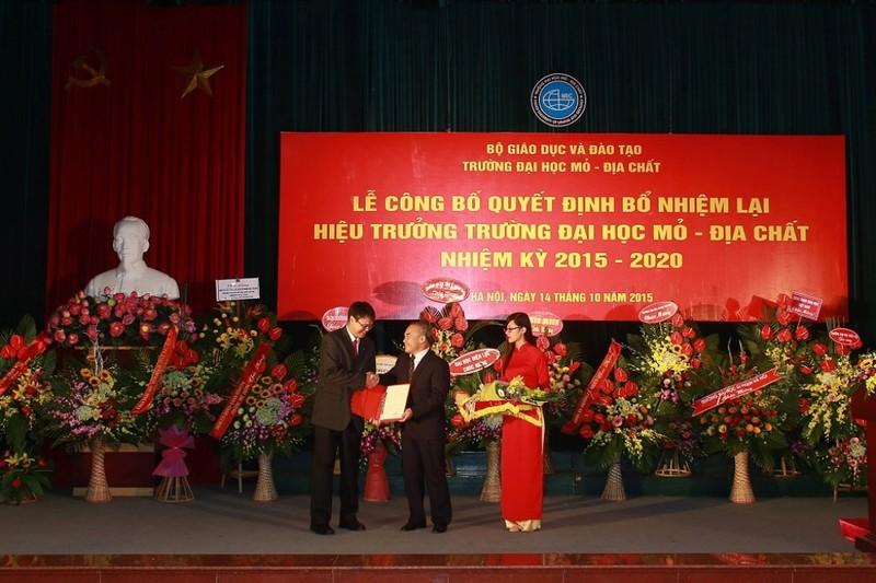 Trường ĐH Mỏ công bố loạt hình ảnh của Thứ trưởng Lê Hải An - ảnh 8