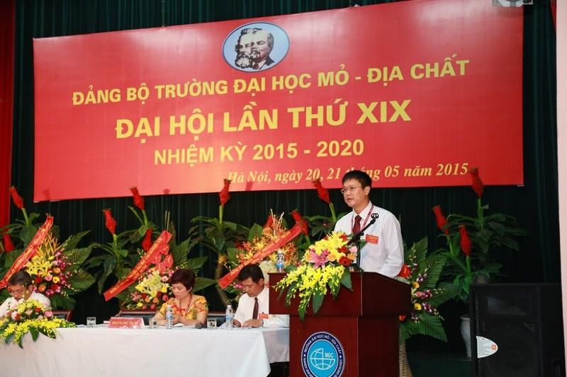 Trường ĐH Mỏ công bố loạt hình ảnh của Thứ trưởng Lê Hải An - ảnh 10