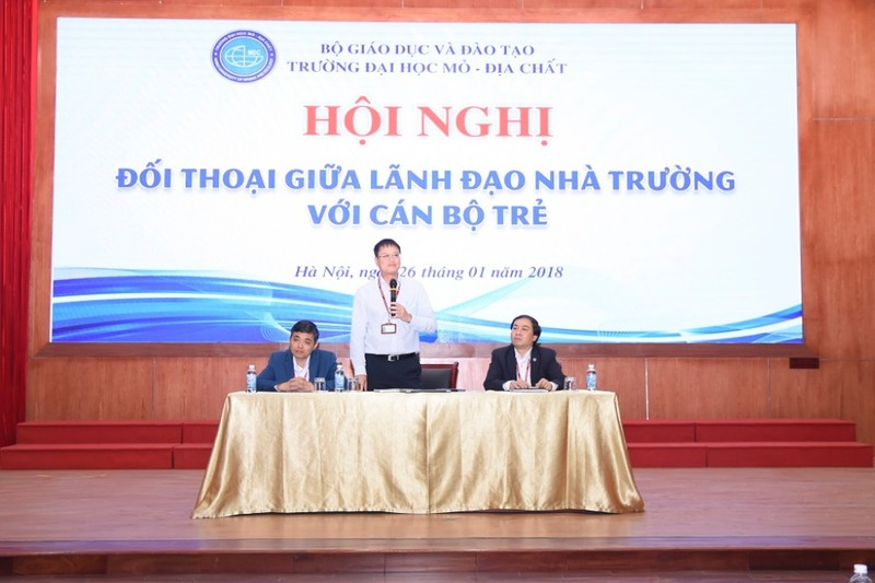 Trường ĐH Mỏ công bố loạt hình ảnh của Thứ trưởng Lê Hải An - ảnh 15