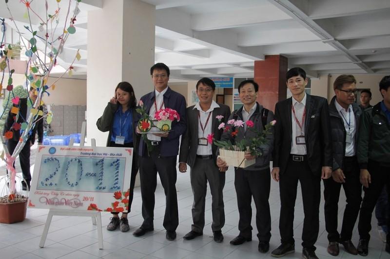 Trường ĐH Mỏ công bố loạt hình ảnh của Thứ trưởng Lê Hải An - ảnh 20