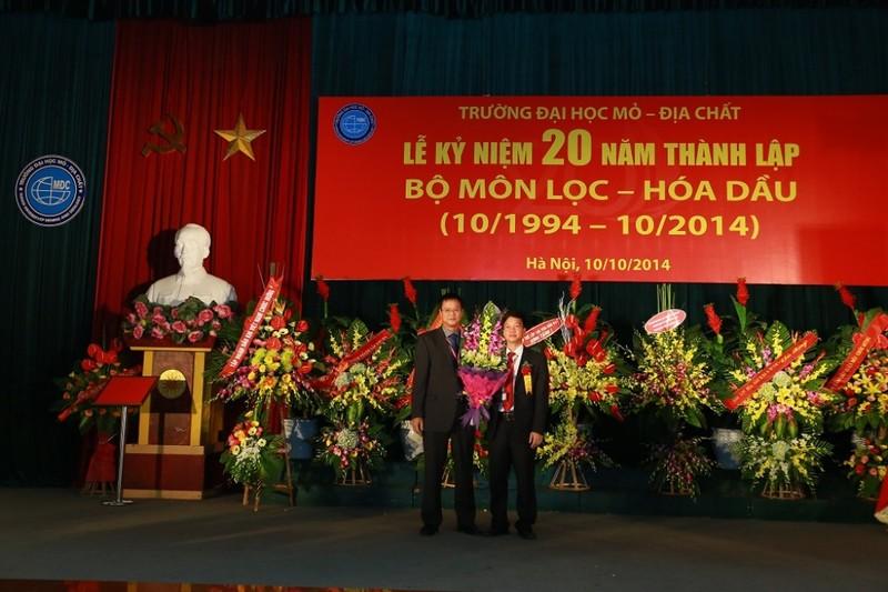 Trường ĐH Mỏ công bố loạt hình ảnh của Thứ trưởng Lê Hải An - ảnh 3
