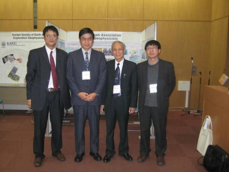 Trường ĐH Mỏ công bố loạt hình ảnh của Thứ trưởng Lê Hải An - ảnh 4