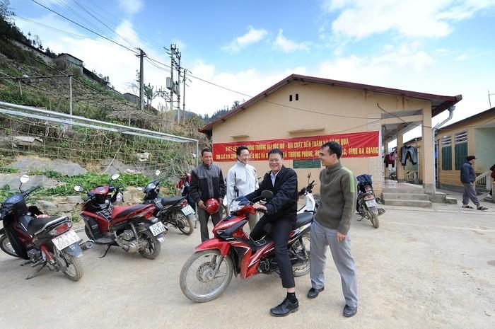 Trường ĐH Mỏ công bố loạt hình ảnh của Thứ trưởng Lê Hải An - ảnh 21