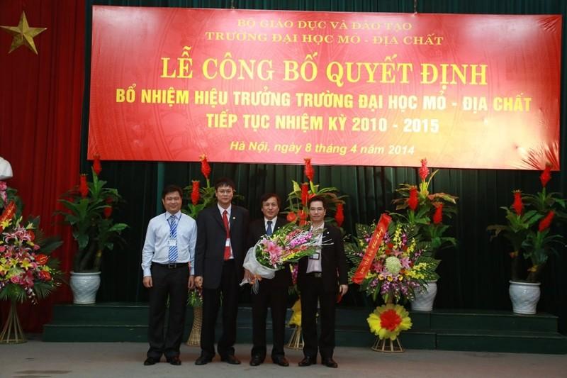 Trường ĐH Mỏ công bố loạt hình ảnh của Thứ trưởng Lê Hải An - ảnh 7