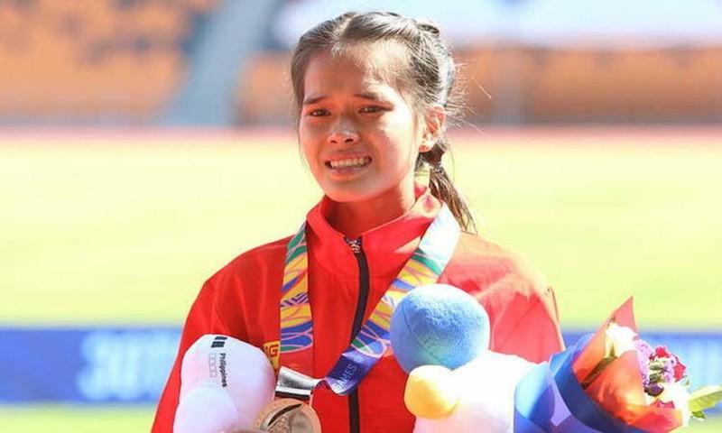 Nữ sinh ĐH Quy Nhơn Hồng Lệ thi đấu quả cảm tại SEA games 30 - ảnh 1
