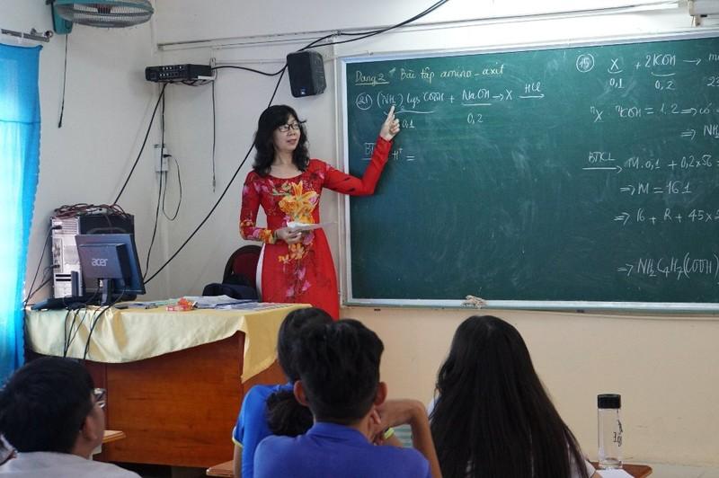 Giáo viên TP.HCM nhận hơn 30 triệu đồng dịp tết Nguyên đán - ảnh 1