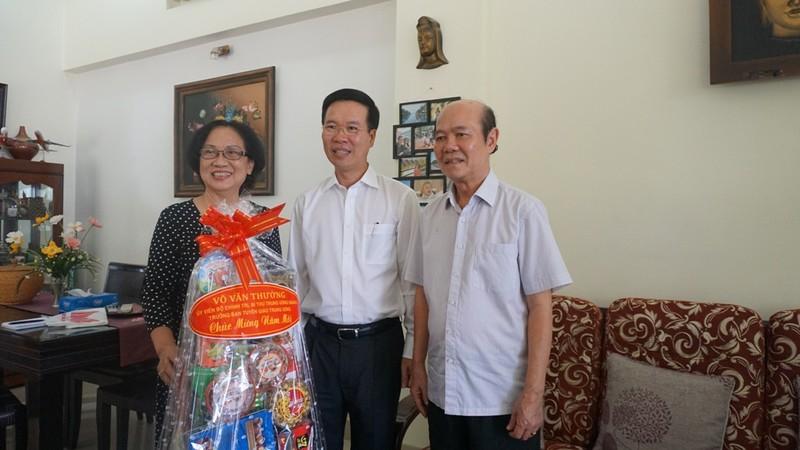 Ông Võ Văn Thưởng chúc tết NSND Đinh Bằng Phi, GS Lê Ngọc Trà - ảnh 4