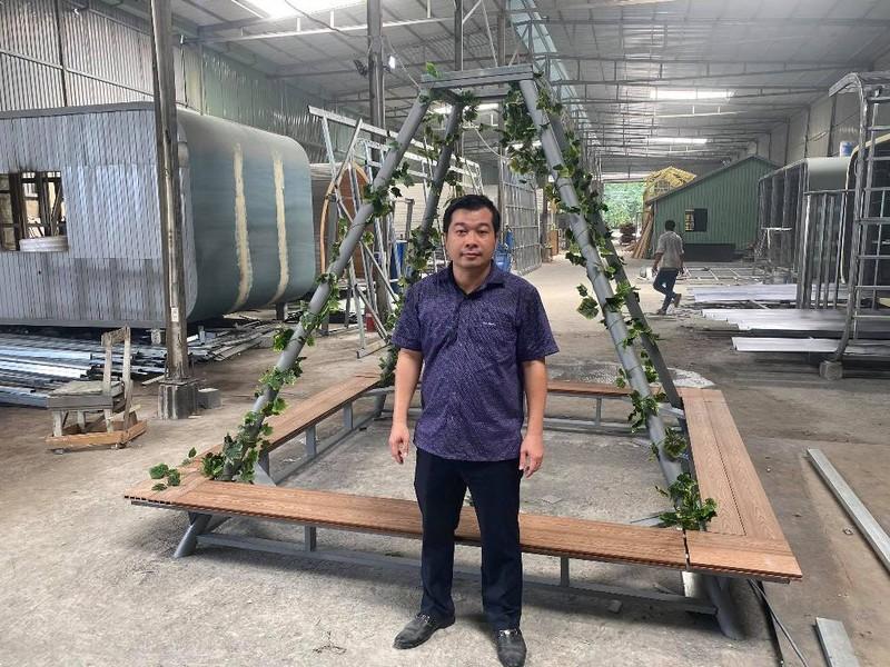 Một doanh nghiệp tặng 20 bộ khung hỗ trợ chống đỡ cây xanh - ảnh 1
