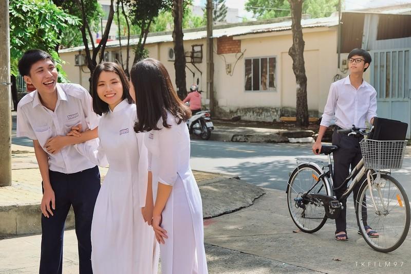 Độc đáo ảnh kỷ yếu lấy ý tưởng từ tác phẩm của Nguyễn Nhật Ánh - ảnh 12