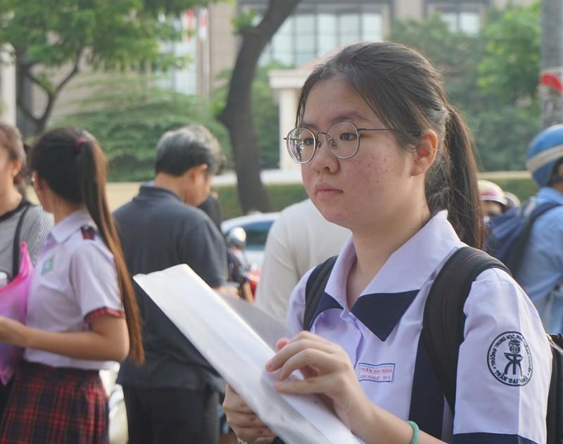 Gần 2.700 học sinh tranh suất vào lớp 10 Phổ thông Năng khiếu - ảnh 2