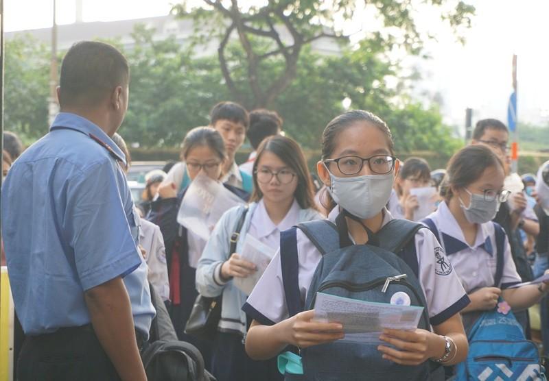 Gần 2.700 học sinh tranh suất vào lớp 10 Phổ thông Năng khiếu - ảnh 4