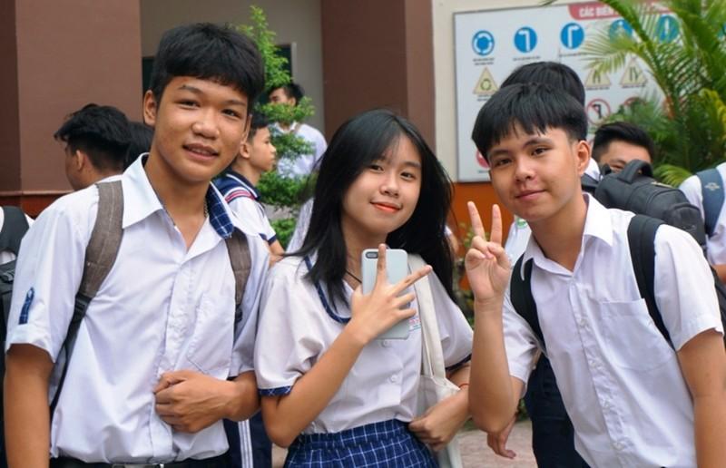 TP.HCM: 82.000 thí sinh làm thủ tục thi vào lớp 10  - ảnh 1