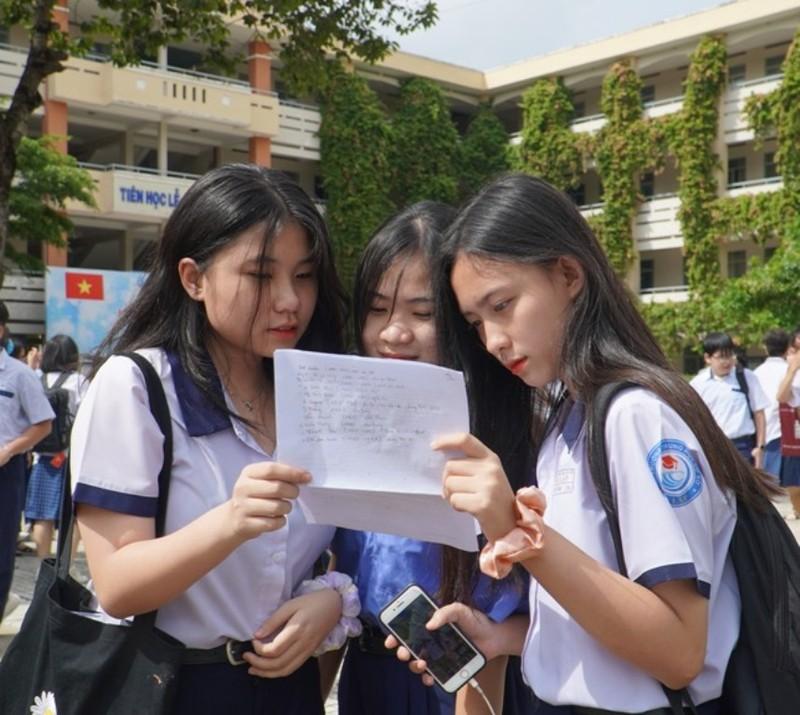 TP.HCM: 82.000 thí sinh làm thủ tục thi vào lớp 10  - ảnh 4