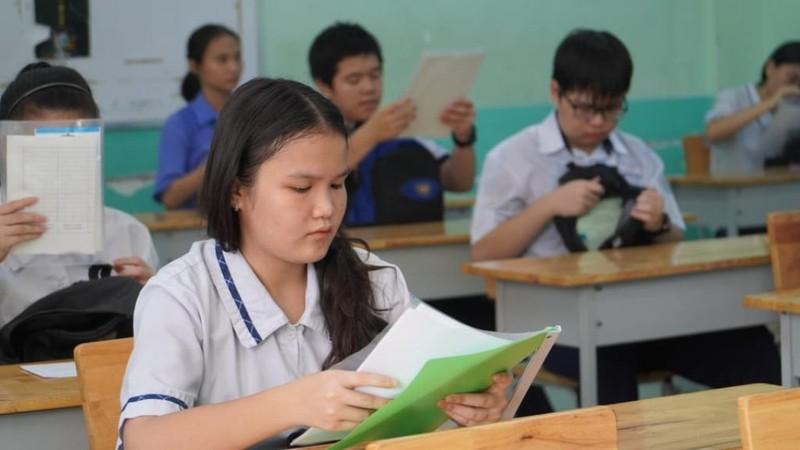 TP.HCM: 82.000 thí sinh làm thủ tục thi vào lớp 10  - ảnh 6