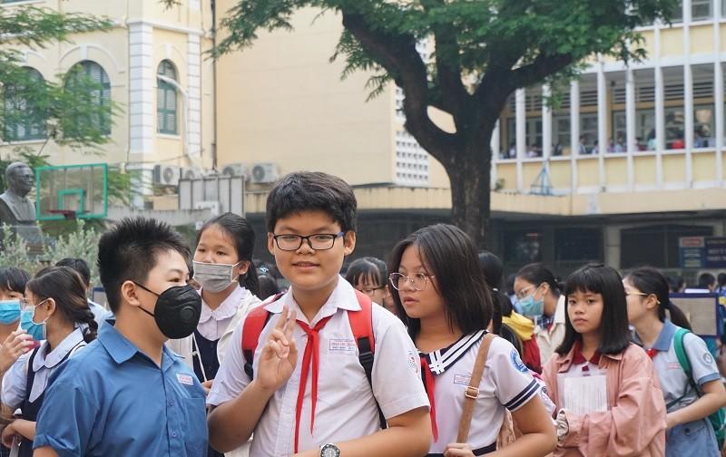 Gần 4000 sĩ tử nhí tranh suất vào lớp 6 trường Trần Đại Nghĩa - ảnh 4